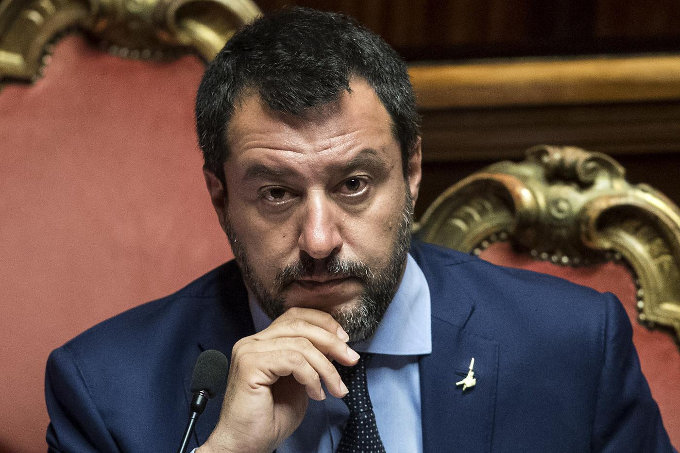 Dal lungo caso Siri all'uscita flash di Rixi: Salvini cambia tattica