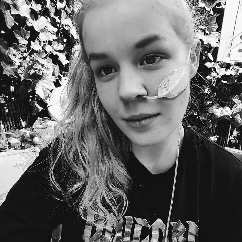 Paesi Bassi, 17enne stuprata da bambina ottiene l'eutanasia
