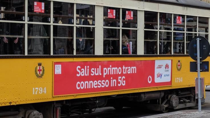 """Vodafone """"accende"""" il 5G. """"Disponibile a Milano, Roma, Torino, Napoli e Bologna"""""""