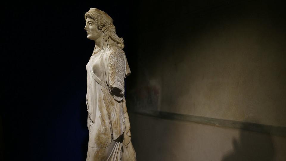 Artemide Marciante - Fine I sec. ac, inizio I sec. dc. Roma, Museo nazionale romano. Palazzo Massimo. Da scavi clandestini tra Cassino e Caserta. Recuperato nel 2001 dai TPC ©