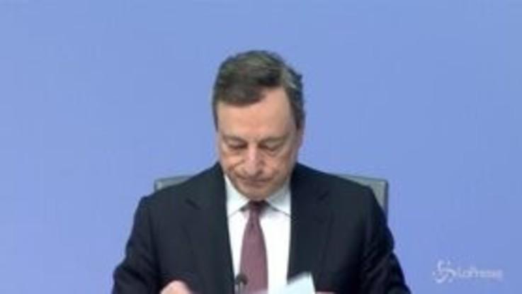 """Draghi avverte l'Italia: """"Serve piano credibile, ridurre rapporto debito/Pil"""""""