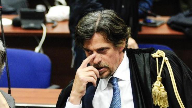 Migranti, busta con proiettile inviata al procuratore di Agrigento
