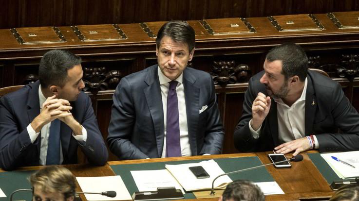 """Finito il vertice di governo. Salvini: """"Tutto ok. Eviteremo l'infrazione, niente aumento delle tasse"""""""