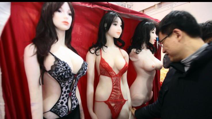 Tutti pazzi per i sex toys. Dai vibratori ai lubrificanti, mercato in crescita: +143%