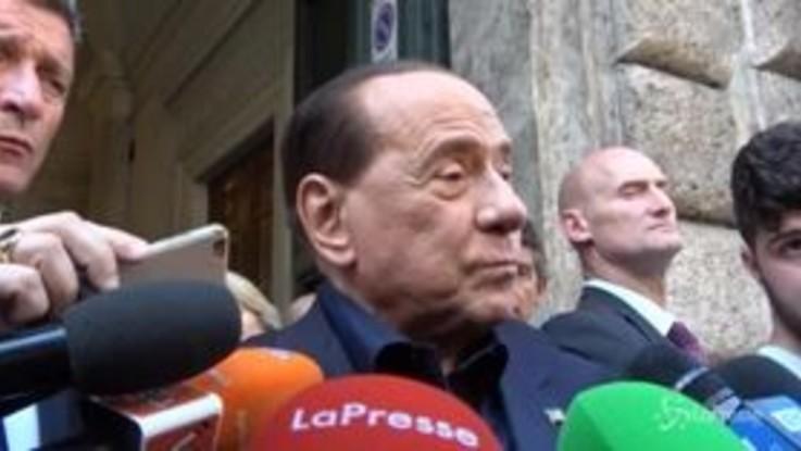 """Berlusconi, la stoccata a Toti: """"Un nominatissimo che chiede la democrazia"""""""