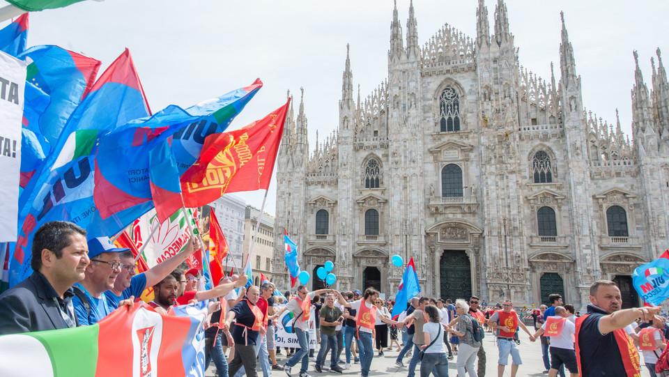 MIKlano, piazza del Duomo ©