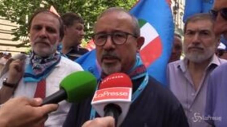 """Napoli, Barbagallo: """"Multinazionali fanno shopping in Italia, serve colpirle nel portafogli"""""""