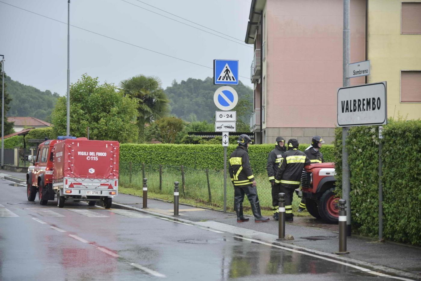 Siena, trovato cadavere in un'auto carbonizzata: forse malore e incidente