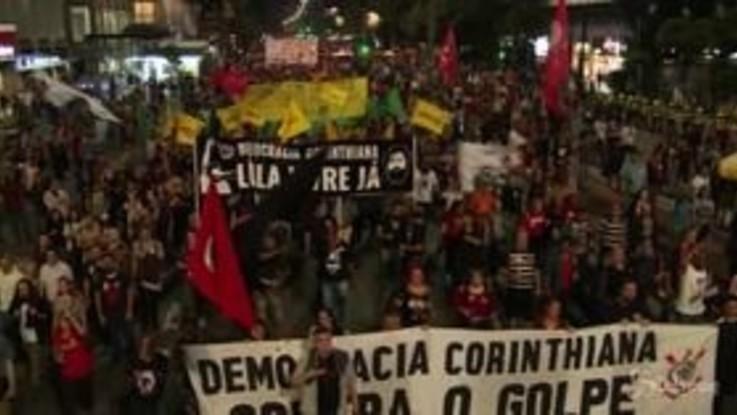 Brasile, sciopero contro la riforma delle pensioni: scontri a San Paolo