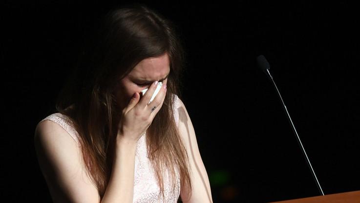"""Amanda Knox a Modena: """"Non ho profanato la memoria di Meredith. Ho paura di nuove accuse"""""""