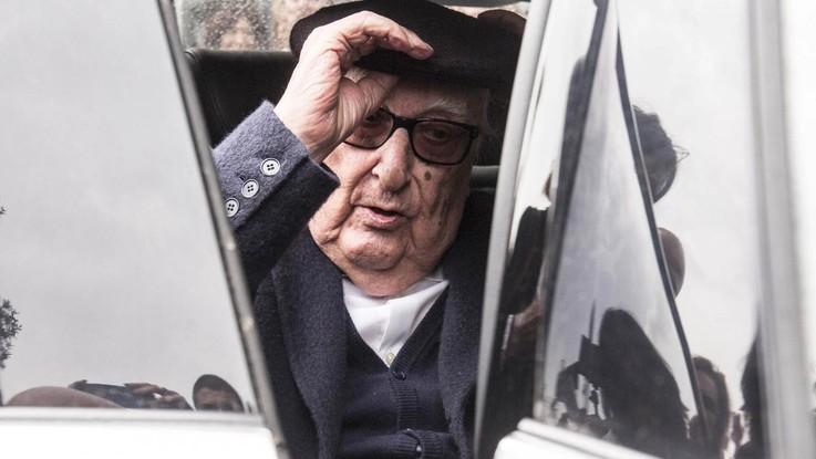 """Andrea Camilleri ricoverato a Roma per arresto cardiaco. """"Condizioni critiche"""""""