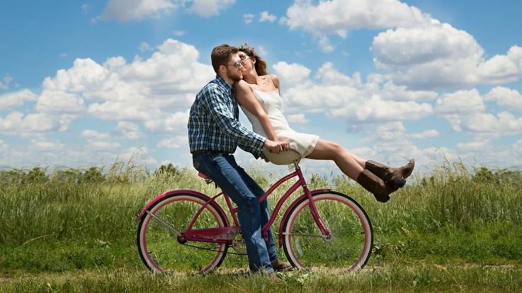L'oroscopo di martedì 18 giugno: Ariete, in amore cogliete l'attimo