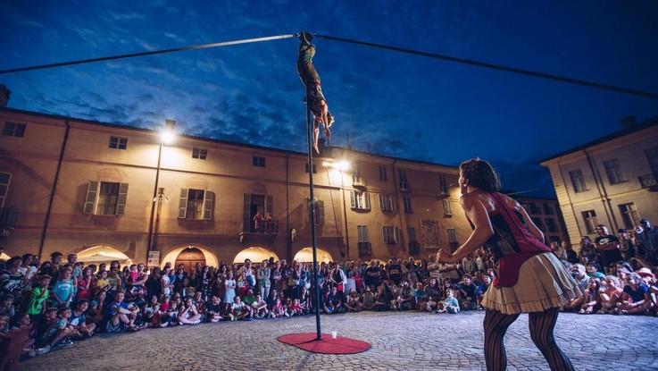 Torino, il Polo del '900 apre al pubblico il Cortile di San Daniele: si parte con Neri Marcorè