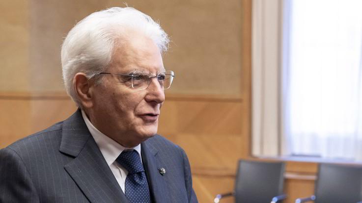 """Rifugiati, Mattarella: """"Italia in prima linea, Stato è primo volto amico"""""""