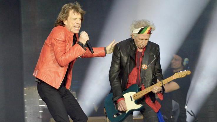 I Rolling Stones tornano sul palco dopo l'operazione a Jagger: al via il tour
