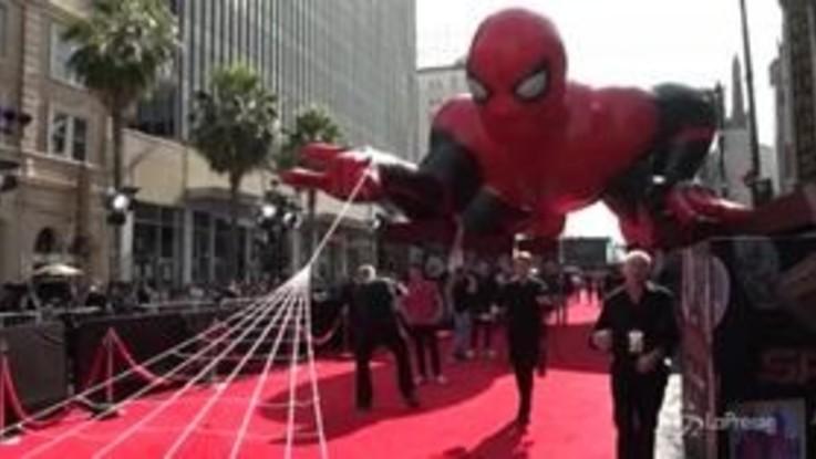"""Le star di """"Spider-Man: Far from home"""" sul red carpet di Los Angeles"""