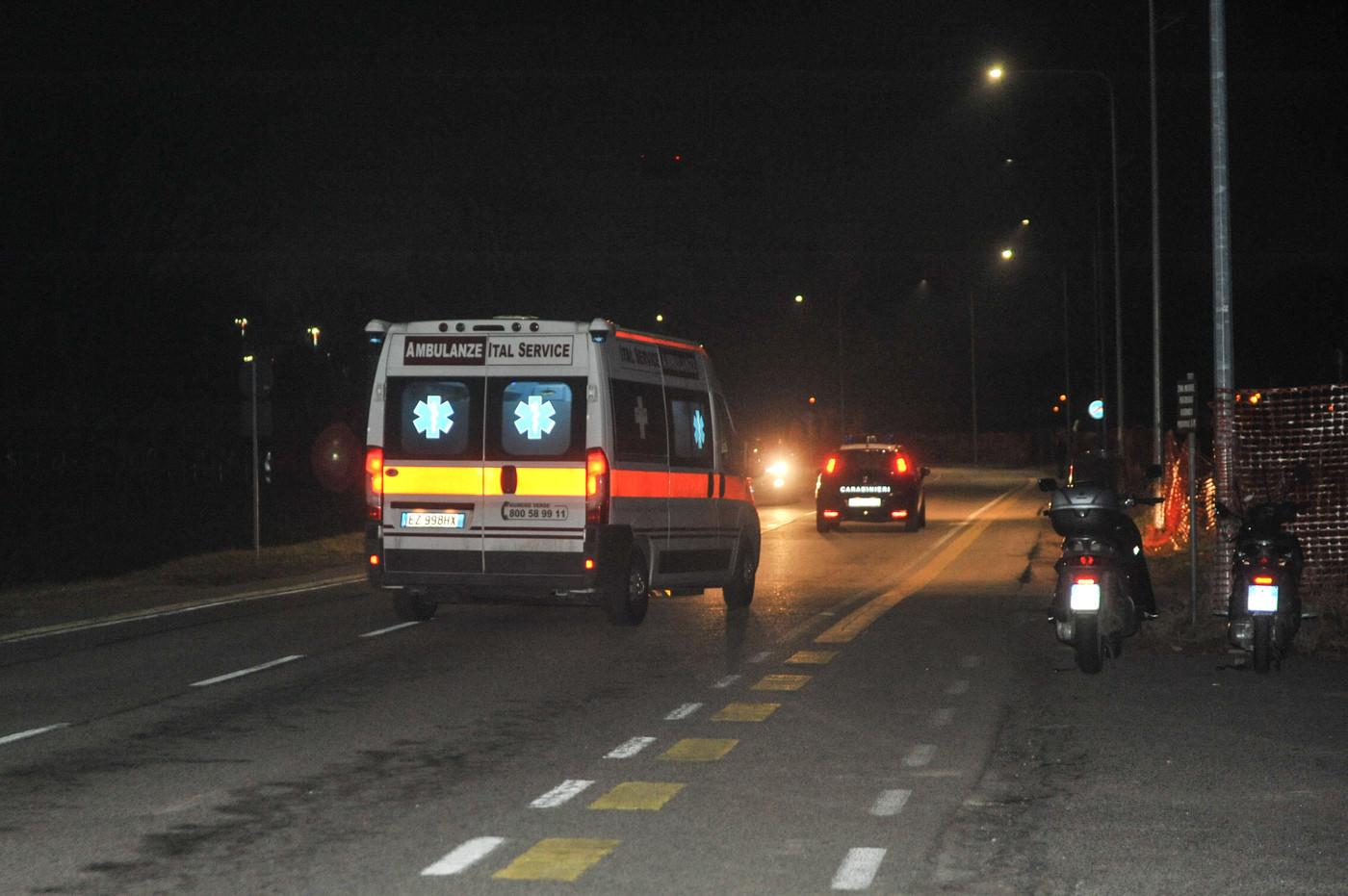 Sul bus senza biglietto, accoltella 5 persone: tra i feriti un bambino di 6 anni