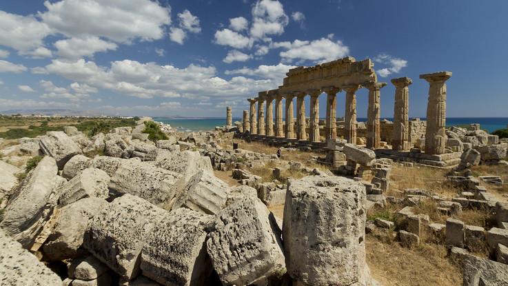 Un luogo di culto tra i templi di Selinunte: la nuova scoperta sull'acropoli