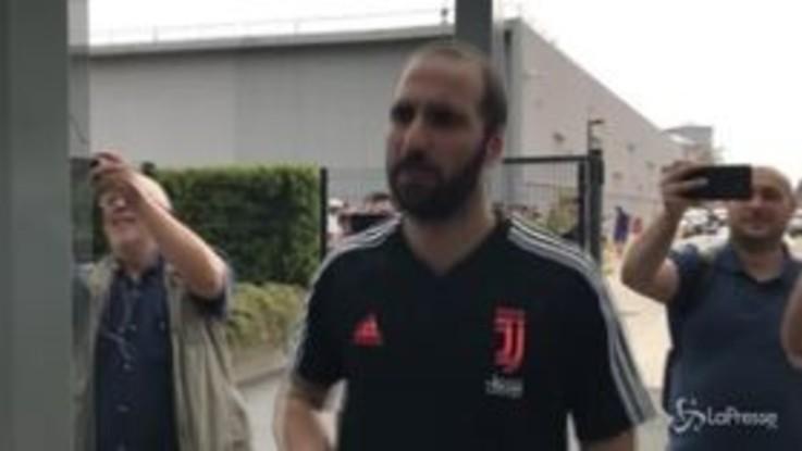 Juventus, visite mediche per Cancelo, Muratore e Higuain