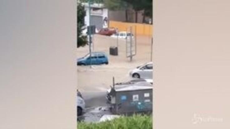 Diluvio su Pescara, la città è sott'acqua