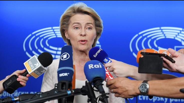 """Ue, von der Leyen: """"Mi batterò per salario minimo in ogni paese"""""""