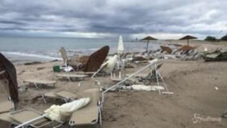 Tornado e grandinate, la Grecia devastata dal maltempo
