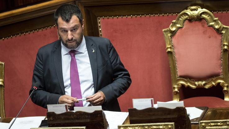 "Sicurezza, aut aut Salvini a M5S: ""Sì a emendamenti o può essere crisi"". E attacca Fico"