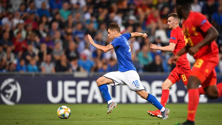 Calciomercato, fatta per Barella all'Inter. Frenata James-Napoli