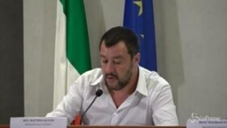 L'aut aut di Salvini: o passano emendamenti alla sicurezza o è crisi
