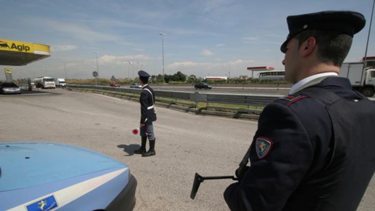 Trapani, auto fuori strada su A29: morti 2 bambini. Video su Fb prima di schianto