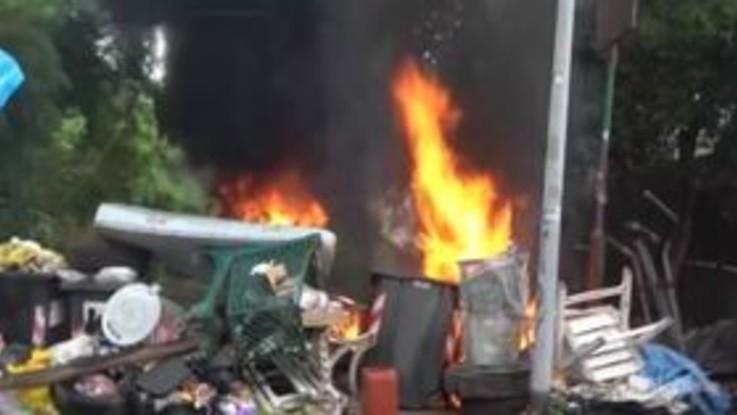 Sgombero a Primavalle: roghi e barricate da parte degli occupanti