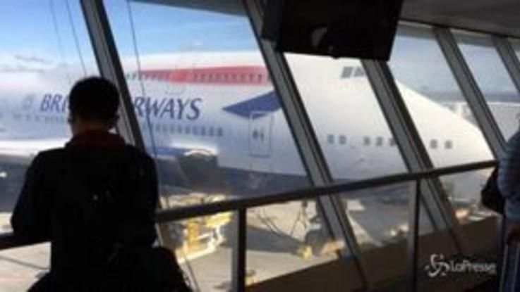Rischio terrorismo, British Airways ferma i voli per Il Cairo
