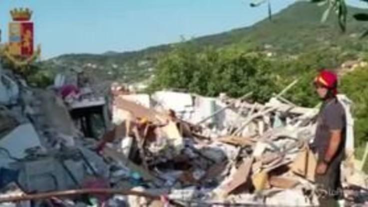 Esplosione all'Isola d'Elba, il video della Polizia