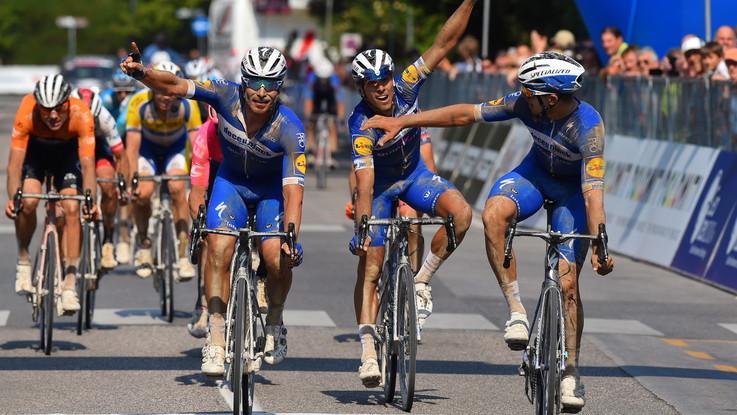 Ciclismo, Adriatica Ionica Race: Hodeg si prende tappa e maglia a Grado