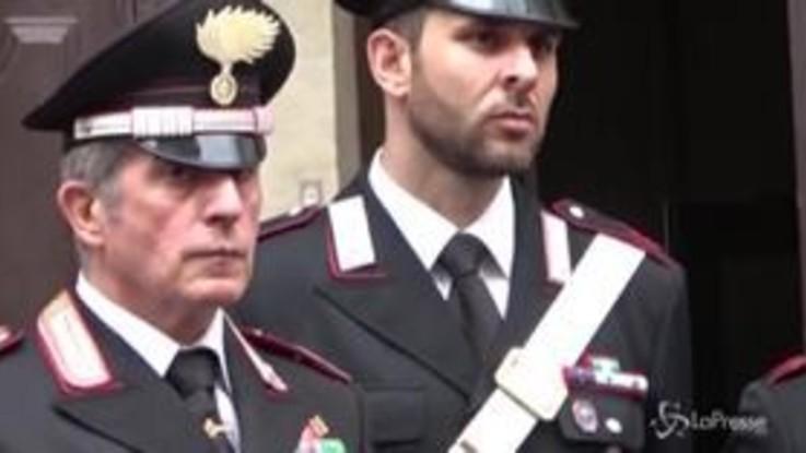 Carabiniere ucciso, la folla alla camera ardente di Cerciello