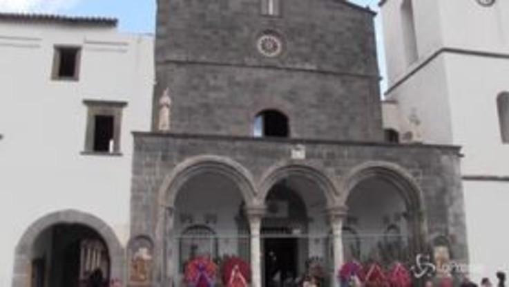 Carabiniere ucciso, la chiesa di Santa Maria del Pozzo aspetta il feretro