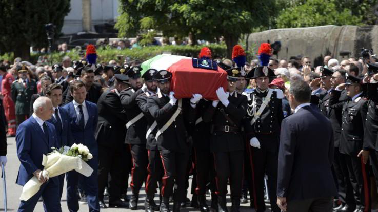 Commozione ai funerali di Mario Cerciello Rega a Somma Vesuviana