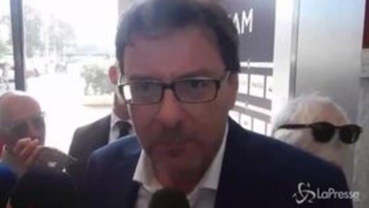 """Olimpiadi, Giorgetti: """"Gelo tra Coni e governo? A me sembra che fa un caldo bestiale"""""""
