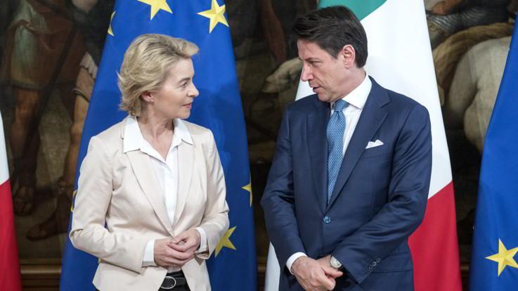 """Von der Leyen vede Conte a Roma: """"Sui migranti rivedremo la ripartizione"""""""