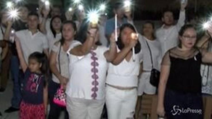 Strage El Paso, la veglia in onore delle vittime