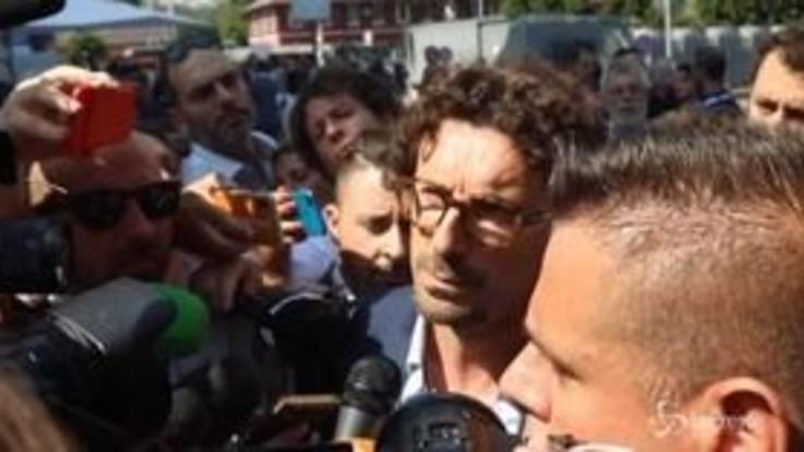 """Toninelli: """"Salvini sta governando con una forza politica con la schiena dritta, non con Berlusconi"""""""