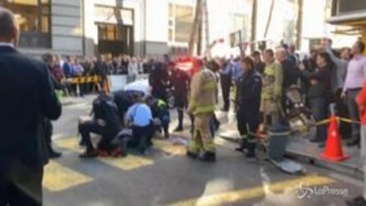Invoca Allah poi accoltella e uccide una donna: arrestato un uomo a Sidney