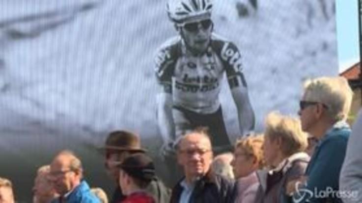 Ciclismo, l'ultimo saluto a Bjorg Lambrecht