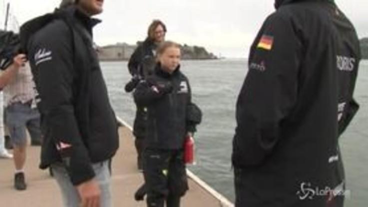 Greta Thunberg salpa per summit NY su barca a vela a emissioni 0