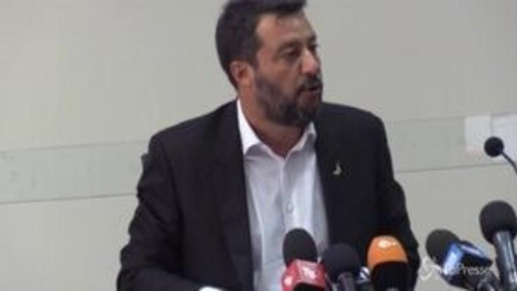 """Migranti, Salvini risponde a Conte: """"Ho l'ossessione della sicurezza degli italiani"""""""