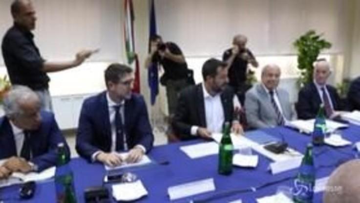 Crisi governo, Salvini tenta di ricucire lo strappo. No del M5s