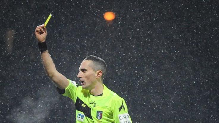 Dai cartellini alla panchina alla rimessa: nuove regole in Serie A