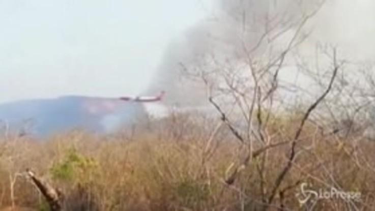 Bolivia, il governo impiega un Boeing 747 per contrastare gli incendi