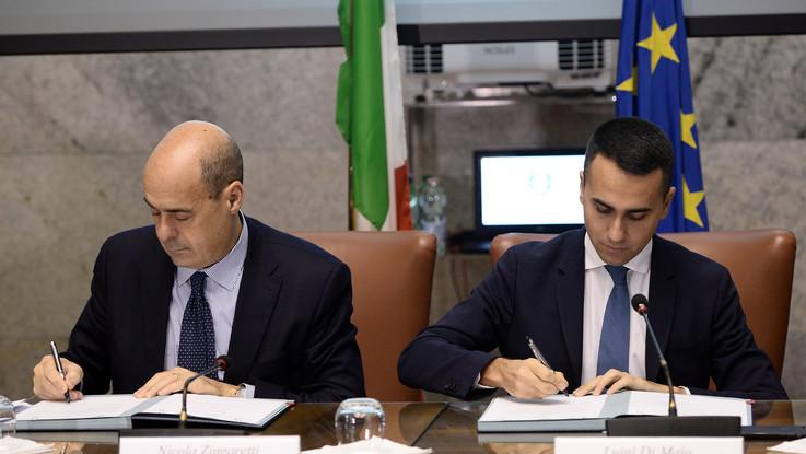 """Crisi, M5s compatto su Conte, Zingaretti ribadisce il no: """"Serve discontinuità, ma troveremo un soluzione"""""""