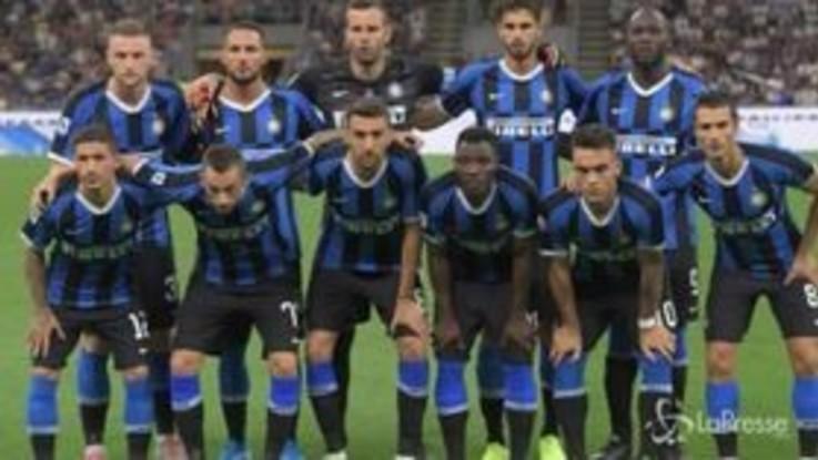 Calcio, parte in quarta la nuova Inter di Conte